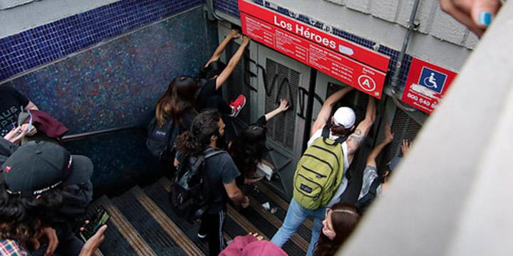 Metro cierra las líneas 1 y 2