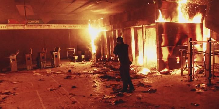 Incendio en varias estaciones de Metro