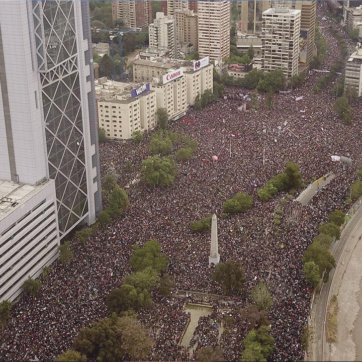 """""""La marcha más grande de Chile"""""""