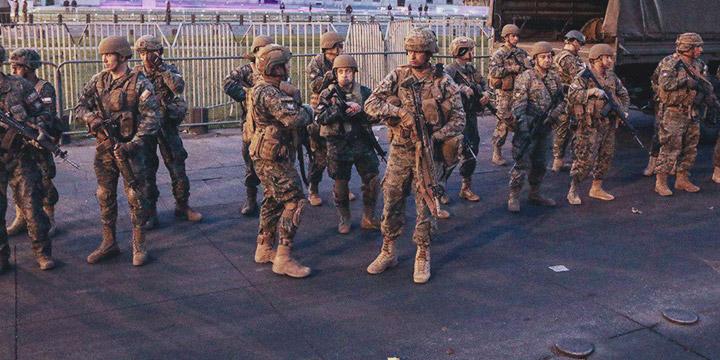 liberan militar que se negó a participar del Estado de Emergencia