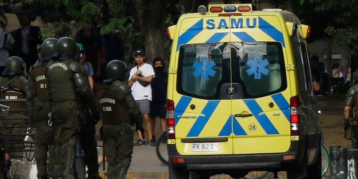 SAMU denuncia agresión de Carabineros mientras atendían a joven que falleció en Plaza Italia