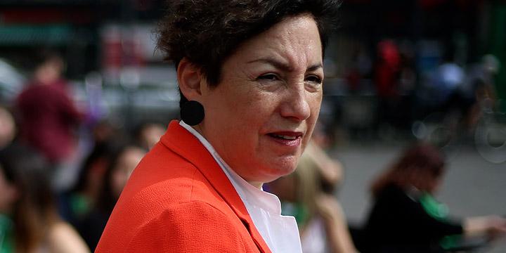 Funan a Beatriz Sánchez por apoyar acuerdo para nueva Constitución